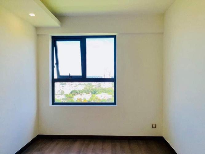 phòng ngủ căn hộ Q7 Boulevard Căn hộ tầng 20 Q7 Boulevard nội thất cơ bản, cửa chính hướng Đông Bắc
