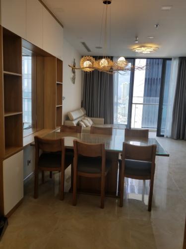 Phòng khách Căn hộ VINHOMES GOLDEN RIVER Căn hộ Vinhomes Golden River tầng cao view đẹp, diện tích 72m2