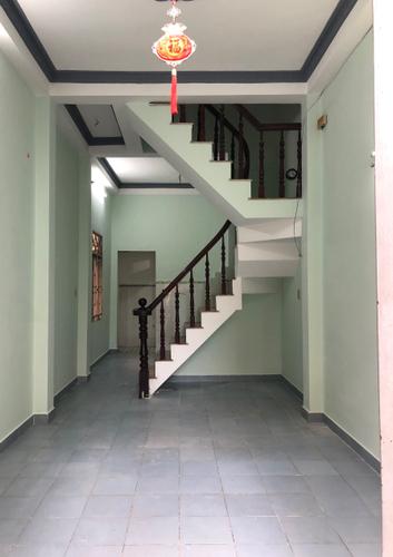 Nhà phố Quận Tân Bình Nhà phố Quận Tân Bình diện tích 32m2, không có nội thất.
