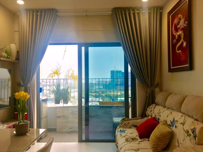 Căn hộ Diamond Lotus tầng 15, diện tích 57m2 nội thất cơ bản.