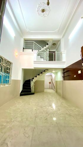 Phòng khách nhà phố Quận Phú Nhuận Nhà phố mặt tiền đường Cù Lao trung tâm Phú Nhuận diện tích 81m2