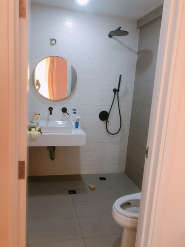 Nhà vệ sinh Saigon South Residence Căn hộ Saigon South Residence tầng 21, thiết kế kỹ lưỡng, đầy đủ nội thất.