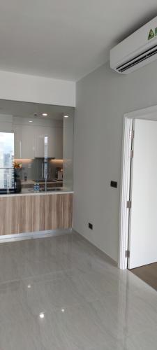 Không gian căn hộ Q2 Thảo Điền, Quận 2 Căn hộ Q2 Thảo Điền tầng cao cửa hướng Tây Bắc thoáng mát.