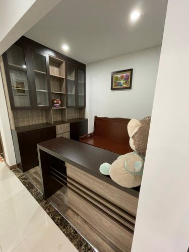Căn hộ HaDo Centrosa Garden, Quận 10 Căn hộ HaDo Centrosa Garden tầng 6 có 1 phòng đa năng, đầy đủ nội thất.