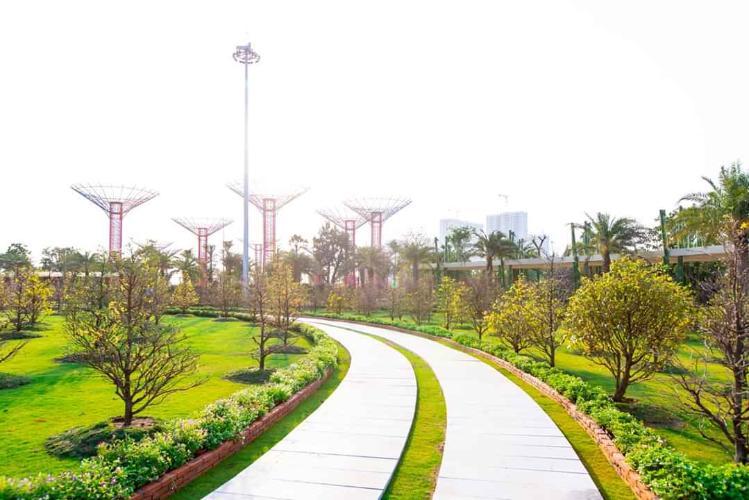 View căn hộ Vinhomes Grand Park, Quận 9 Căn hộ Vinhomes Grand Park tầng 25 diện tích 67.5m2, không có nội thất.