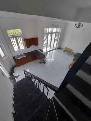 BIệt thự Quận 9 Biệt thự Mini đường Trường Lưu diện tích 73m2, không có nội thất.