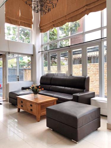 Biệt thự KDC Phú Mỹ diện tích 242m2 đầy đủ nội thất, kế bên trường học Canada.