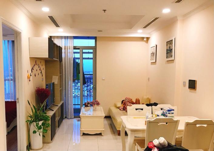 Căn hộ Vinhomes Central park tầng 36 có 1 phòng ngủ, cửa hướng Tây Nam.