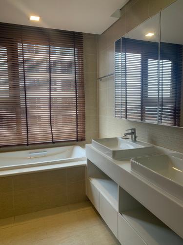 Phòng tắm Vinhomes Central Park Căn hộ Vinhomes Central Park view thành phố