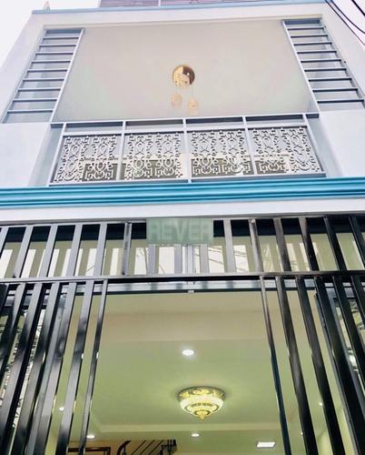 Nhà phố thiết kế 1 trệt, 1 lầu diện tích 34.1m2, nội thất cơ bản.