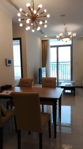 Căn hộ Vinhomes Central Park, Quận Bình Thạnh Căn hộ Vinhomes Central Park tầng 41 thiết kế 1 phòng ngủ, đầy đủ nội thất.