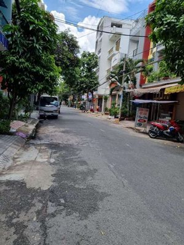 Đường trước mặt bằng kinh doanh Quận Tân Phú Mặt bằng kinh doanh diện tích 49m2 vuông vức, khu dân cư đông đúc.