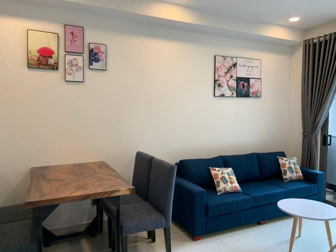 Căn hộ Saigon Royal tầng 15 thiết kế hiện đại, đầy đủ nội thất cao cấp.
