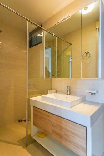nhà tắm căn hộ  New City Thủ Thiêm  quận 2 Căn hộ tầng 16 New City Thủ Thiêm, view nội khu thoáng mát