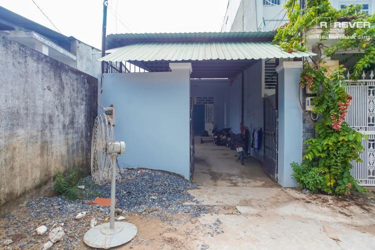 Mặt trước nhà phố Quận 9 Bán nhà hẻm Ấp Cây Dầu, Tân Phú, Quận 9, sổ đỏ, DT đất 142m2, gần cầu vượt trạm 2