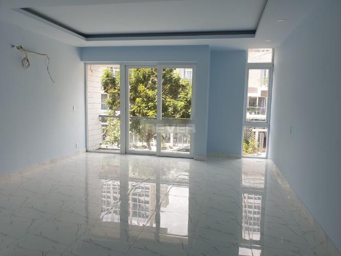 Không gian văn phòng Jamona Golden Silk, Quận 7 Văn phòng Jamona Golden Silk Quận 7 diện tích 108m2, hướng Bắc nội thất cơ bản.