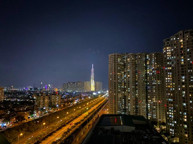 View căn hộ Masteri Thảo Điền, Quận 2 Căn hộ cao cấp Masteri Thảo Điền tầng 20, view Landmark 81 tuyệt đẹp.