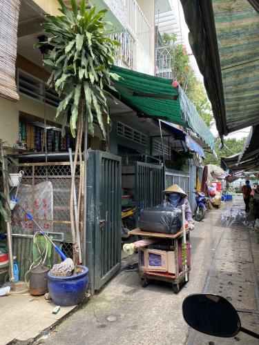 Đường tước nhà phố Quận Bình Thạnh Nhà phố mặt tiền chợ đông đúc tiện kinh doanh, kết cấu 1 trệt 1 lầu.