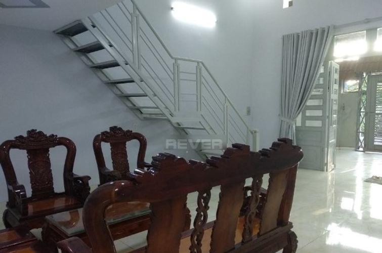 Nhà phố Huyện Hóc Môn Nhà phố thiết kế 1 trệt, 1 lầu không ngăn phòng ngủ, khu dân cư sầm uất.
