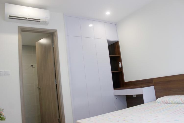 Căn hộ Vinhomes Grand Park, Quận 9 Căn hộ Vinhomes Grand Park tầng 22 thiết kế 3 phòng ngủ, đầy đủ nội thất.