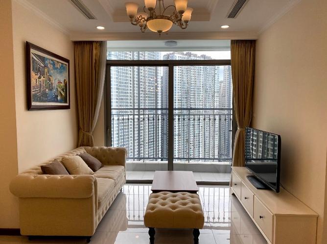 Căn hộ Vinhomes Central Park tầng 9 thiết kế hiện đại, đầy đủ nội thất.