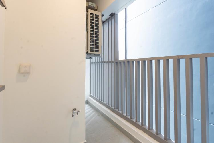Ban công căn hộ Empire City, Quận 2 Căn hộ Empire City tầng 21 ban công hướng Đông Nam, nội thất cơ bản.