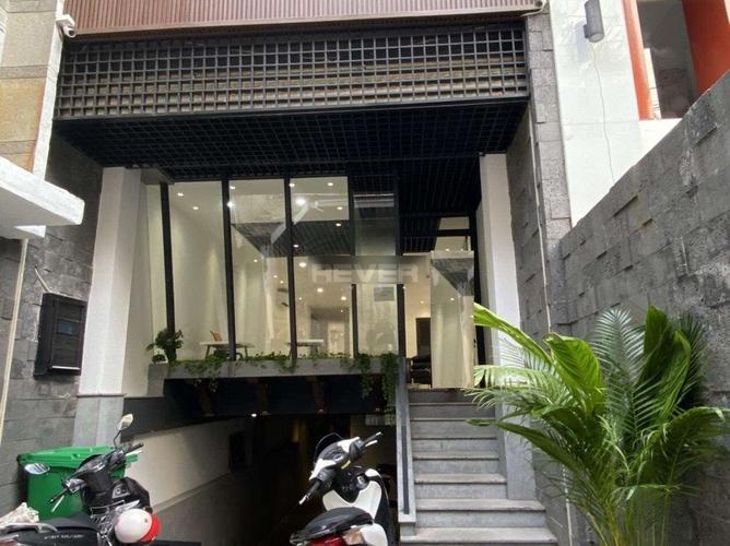 Mặt bằng kinh doanh Quận Bình Tân Mặt bằng kinh doanh diện tích 125m2, khu vực dân cư sầm uất.