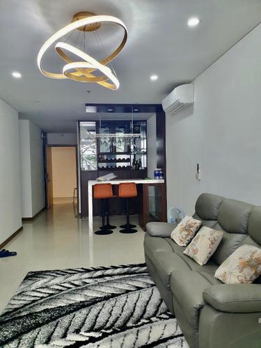 Căn hộ HaDo Centrosa Garden tầng 17 có 2 phòng ngủ, đầy đủ nội thất.