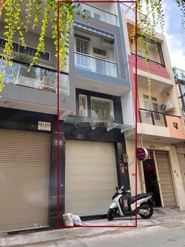 Nhà phố kết cấu 1 trệt, 1 lửng, 3 lầu và sân thượng, không nội thất.