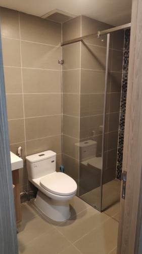 Nhà vệ sinh Saigon South Residence Căn hộ Saigon South Residences tầng 24 diện tích 104.03m2, đầy đủ nội thất.