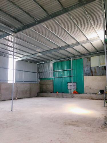 Nhà xưởng kho bãi Quận 9 Nhà xưởng kho bãi diện tích 400m2, mặt tiền đường Long Thuận.