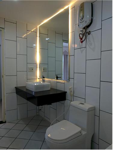 Phòng tắm căn hộ Riverpark Residence, Quận 7 Căn hộ RiverPark Residence tầng 2 tiện di chuyển, đầy đủ nội thất.