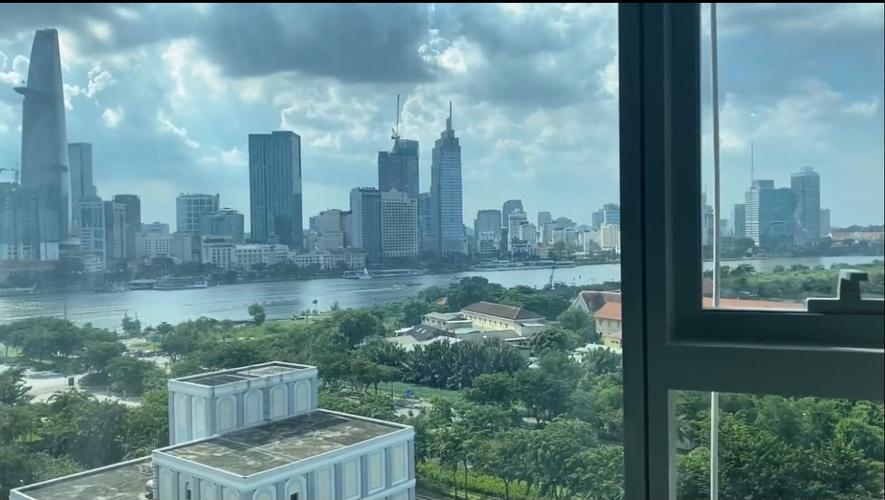 View căn hộ Empire City, Quận 2 Căn hộ Empire City tầng 12 kết cấu 1 trệt, 1 lầu nội thất cơ bản.