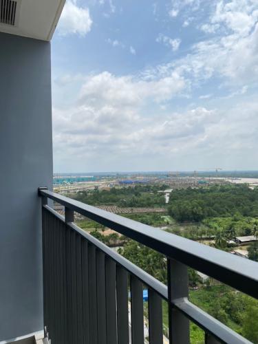 View căn hộ Vinhomes Grand Park, Quận 9 Căn hộ Vinhomes Grand Park tầng 16 diện tích 69.4m2, không gian thoáng đãng.