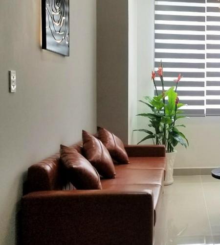 Căn hộ Topaz Elite tầng 29 view thành phố, bàn giao đầy đủ nội thất.