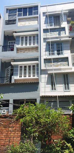 Nhà phố kết cấu 4 tầng kiên cố diện tích 40m2, bàn giao nội thất cơ bản.
