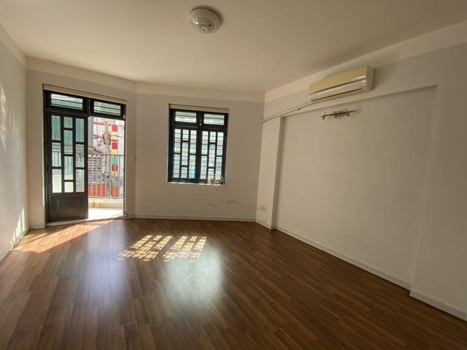 Nhà phố Quận Gò Vấp Nhà phố hẻm xe hơi đường Lê Đức Thọ, diện tích 67m2 nội thất cơ bản.