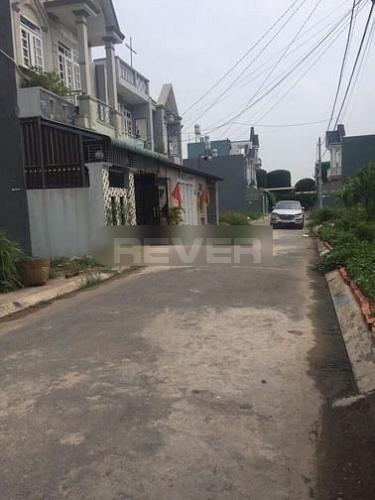Nhà xưởng kho bãi Huyện Bình Chánh Cho thuê nhà xưởng kho bãi đường Quốc lộ 1A, diện tích 800m2.
