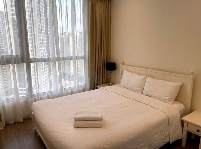 Căn hộ Vinhomes Central Park, Quận Bình Thạnh Căn hộ Vinhomes Central Park tầng 45 có 3 phòng ngủ, đầy đủ nội thất.