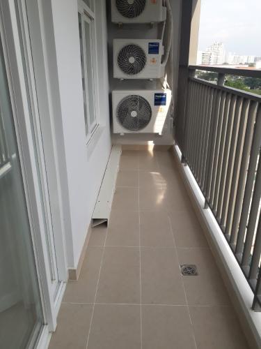 ban công căn hộ SUNRISE RIVERSIDE Cho thuê căn hộ Sunrise Riverside, diện tích 91.8m2