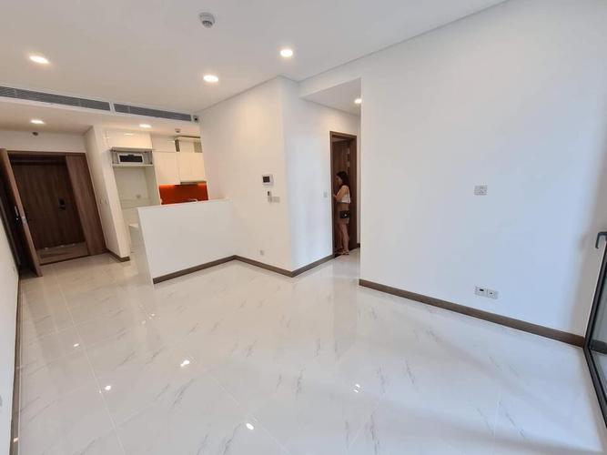 Căn hộ Sunwah Pearl tầng 37 thiết kế hiện đại, nội thất cơ bản.