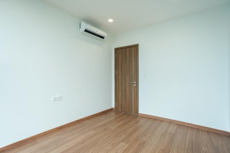 Phòng ngủ căn hộ Eco Green Saigon, Quận 7 Căn hộ Eco Green Saigon bàn giao nội thất cơ bản, view thoáng mát.