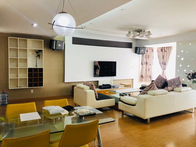 Căn hộ Chung cư Phú Mỹ diện tích 112m2, bàn giao nội thất cơ bản.