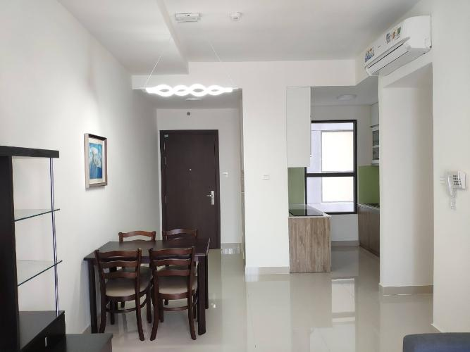 không gian căn hộ The Sun Avenue Căn hộ tầng 15 The Sun Avenue nội thất đầy đủ, cửa chính hướng Tây Nam
