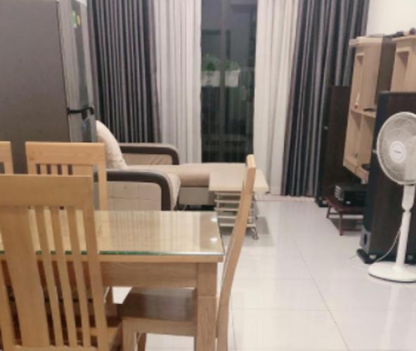 Căn hộ Jamila Khang Điền phòng khách rộng rãi, nội thất cơ bản.