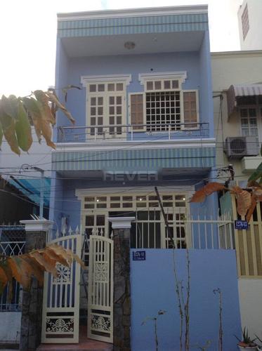 Mặt tiền nhà phố Quận Gò Vấp Nhà phố thiết kế 1 trệt, 1 lầu cửa hướng Đông Nam thoáng mát, nội thất cơ bản.