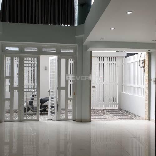 Nhà phố Quận 7 Nhà phố diện tích 112m2 không nội thất, tiện mở văn phòng hoặc trung tâm.