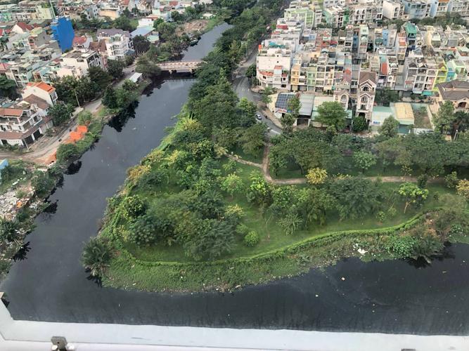 View căn hộ Diamond Riverside, Quận 8 Căn hộ Diamond Riverside tầng 24 có 2 phòng ngủ, view sông thoáng mát.