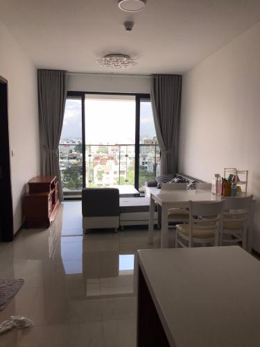 Căn hộ One Verandah tầng 6 view thành phố thoáng mát, nội thất cơ bản.