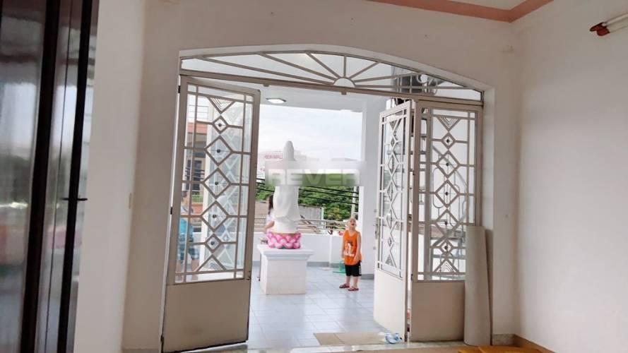 Nhà phố Quận Tân Phú Nhà phố thiết kế 4 tầng đúc kiên cố, bàn giao không có nội thất.